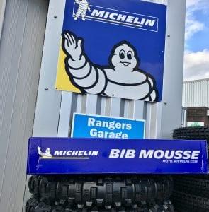 M14 Bib Mousse box