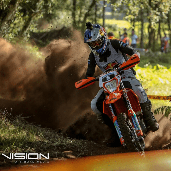 Manuel Lettinbichler using the Michelin Enduro Tyres